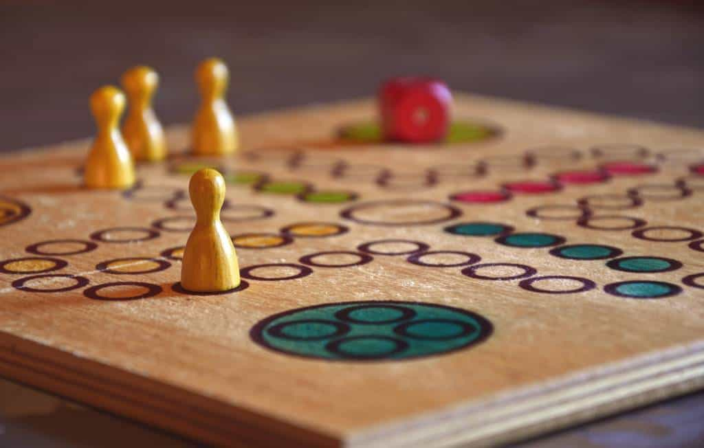 5 Fun Board Games For Seniors